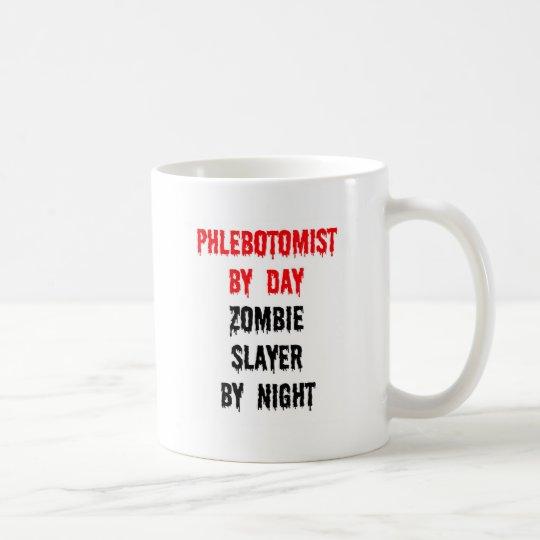 Taza De Café Phlebotomist del asesino del zombi del día por