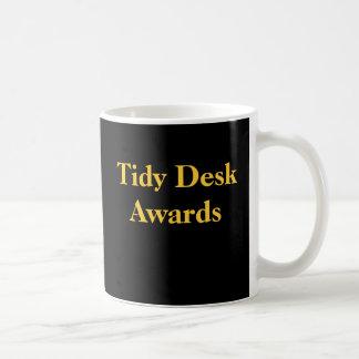 Taza De Café Premios divertidos de la parodia del escritorio