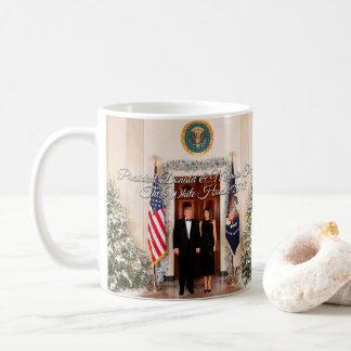 Taza De Café Presidente Donald Trump y navidad 2017 de Melania