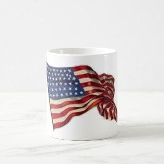 Taza De Café Puede de largo ella agita - la bandera