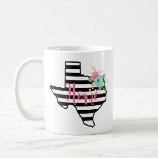 Taza de café rayada de la flor del hogar del