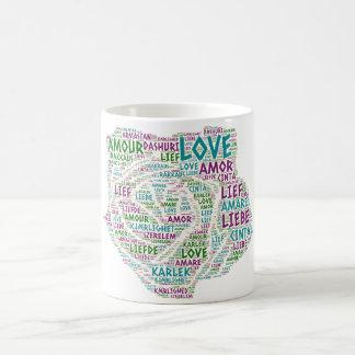 Taza De Café Rosa ilustrado con palabra del amor