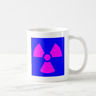 Taza De Café Símbolo amonestador de la radiación