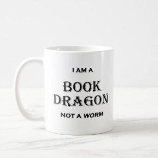 Taza De Café Soy un dragón del libro no un gusano