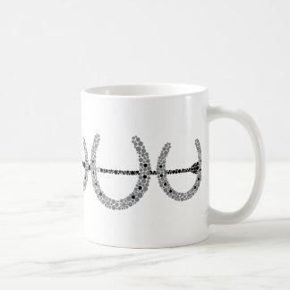 Taza de café triple del zapato del caballo