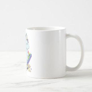 Taza De Café Unicornio rechoncho que come un arco iris - un lío
