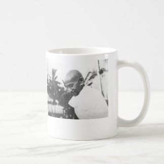 """Taza De Café """"Usted debe ser el cambio que usted desea ver en"""