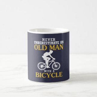 Taza De Café Viejo hombre de la bicicleta