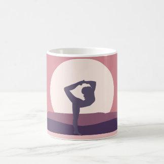 Taza De Café Yoga en púrpura
