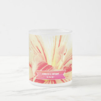Taza De Cristal Esmerilado Boda de encargo de la flor rayada del Amaryllis