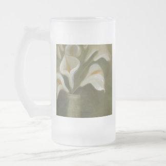 Taza De Cristal Esmerilado Flores de corte de la cala en un florero