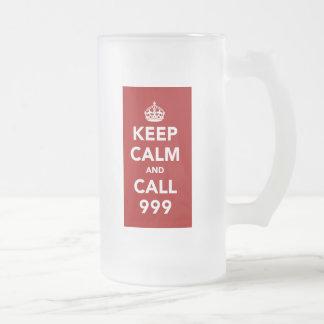 Taza De Cristal Esmerilado Guarde la calma y la llamada 999