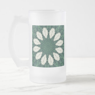 Taza De Cristal Esmerilado Mandala. de la hoja verde y de plata de Sacramento