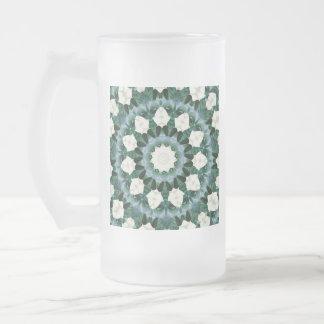 Taza De Cristal Esmerilado Mandala del azul verde y cerúleo de Sacramento