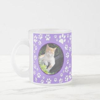 Taza De Cristal Esmerilado Su pata conmemorativa de las fotos del gato
