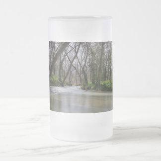 Taza De Cristal Esmerilado Tranquilidad de Finley en tiempo de primavera