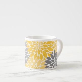 Taza De Espresso Estampado de flores amarillo y gris de los