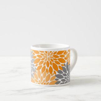 Taza De Espresso Estampado de flores anaranjado y gris de los