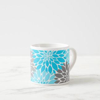 Taza De Espresso Estampado de flores azul y gris de los crisantemos
