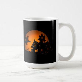 Taza de Halloween del vuelo nocturno