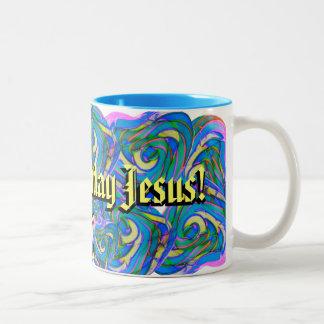 Taza de Jesús del feliz cumpleaños. Navidad.