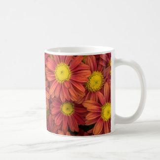 Taza de la flor de la primavera, anaranjado y