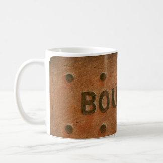 Taza de la galleta de Borbón del chocolate