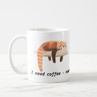 """Taza de la panda roja, """"necesito el café """""""