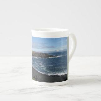 Taza de la porcelana de hueso con imagen islandesa