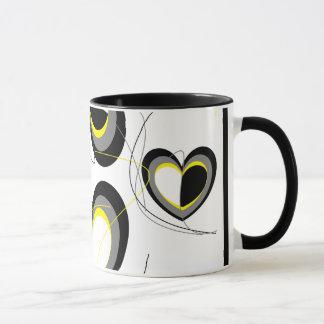 Taza de los corazones de Yellow&Black