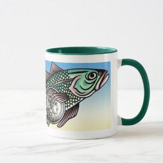 Taza de los pescados del dinero