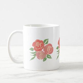 Taza de los rosas del albaricoque