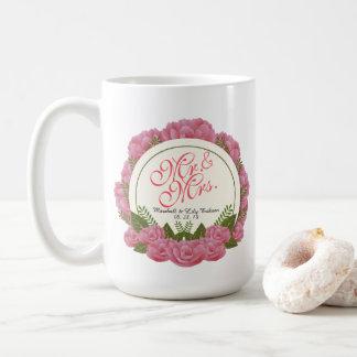 Taza de Sr. y de señora Elegant Floral Wedding