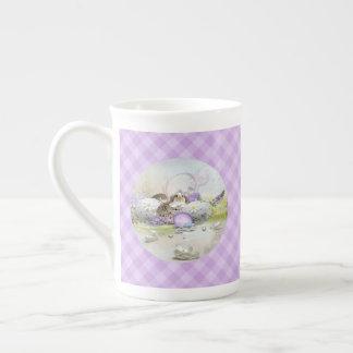 Taza de té de los huevos de Pascua