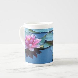 Taza De Té Lirios de agua rosados