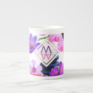 Taza De Té Zen de las flores del azafrán y de la orquídea del