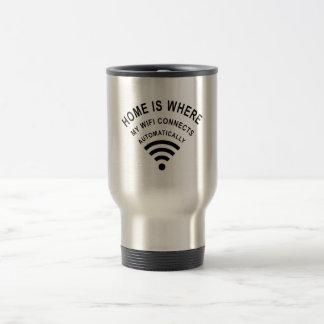 Taza De Viaje El hogar es donde mi wifi conecta automáticamente
