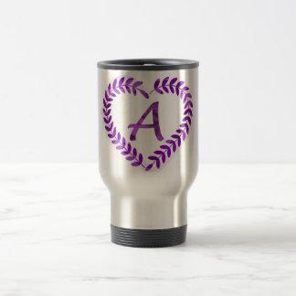 Taza De Viaje Ponga letras a un Camo con la púrpura - alfabeto