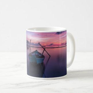 Taza del barco del velero del kajak de la canoa