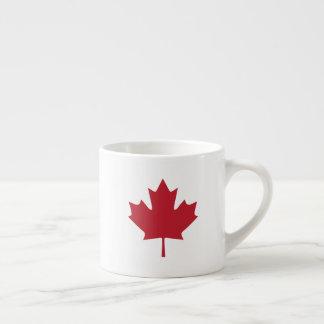 Taza del café express de la hoja de arce de Canadá