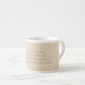 Taza del café express de la mañana de Miguel del