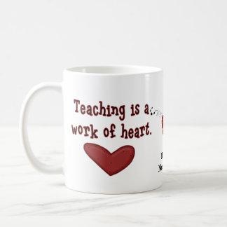 Taza del corazón del aprecio del profesor