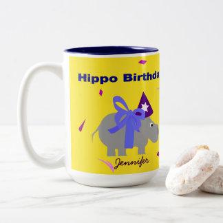 Taza del cumpleaños del hipopótamo personalizada