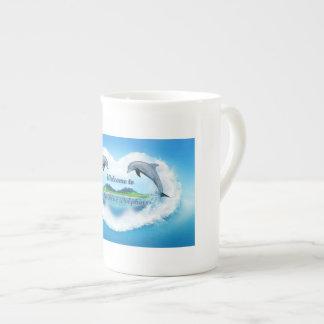 Taza del delfín 444ml de los azules cielos