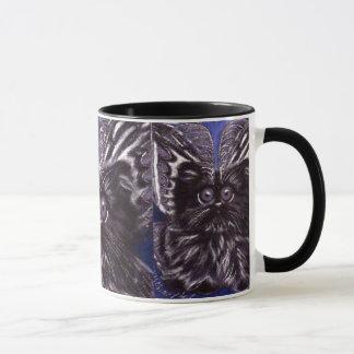 Taza del gato de la polilla del gato negro de