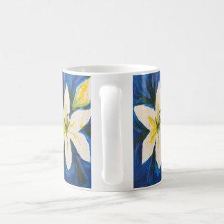 Taza del lirio blanco de Jane
