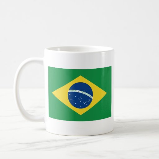 Taza del mapa del ~ de la bandera del Brasil