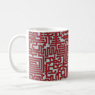 Taza del modelo del laberinto de PixelMixel - rojo