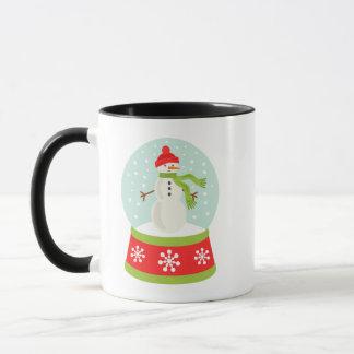 Taza del navidad de Snowglobe del muñeco de nieve
