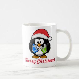Taza del navidad del pingüino